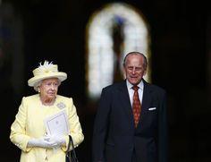 Gewohnt vornehm und majestätisch: Die Queen Mom und ihr Mann.