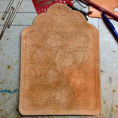 «Long wallet I'm working on #leathercraft #leathertooling #leathercarving #longwallet #floral #handmade»