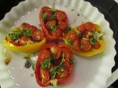 Tomaateilla täytetyt paprikat Kotikokki.netin nimimerkki Vihermintulta