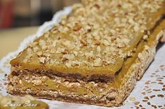Prajitura cu blat de bezea si crema de nes | Retete culinare cu Laura Sava