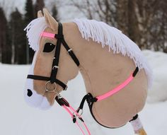 Hier ist die neue Stute, die im Stall wohnt! Das Pony ist also ein Steinhauer und danke ... - Basteln - #Basteln #Danke #das #die #ein #Hier #ist #Neue #Pony #Stall #Steinhauer #Stute #und #wohnt Horse Stables, Horse Tack, Chinese New Year Dragon, Stick Horses, Dragon Crafts, Horse Crafts, Hobby Horse, Breyer Horses, Bear Art