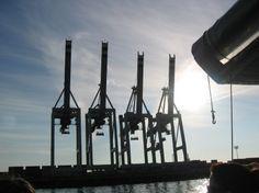 Hamburg wichtiger Hafen für die Wirtschaft in Hessen - http://k.ht/2RA