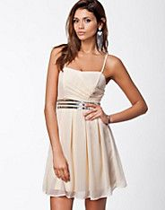 Debby Corsage Dress - Vila - Peach - Feestjurken - Kleding - NELLY.COM
