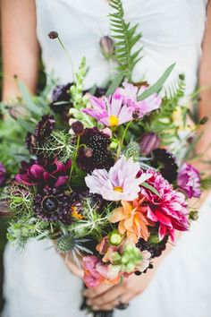 Wildblumen Hochzeit The Effective Pictures We Offer You About small Flowers Bouquet A quality p Bridal Flowers, Fresh Flowers, Wild Flowers, Beautiful Flowers, Beautiful Textures, Floral Bouquets, Wedding Bouquets, Floral Wedding, Orange Wedding