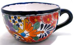 Talavera is a pottery style painted with bright colors and detailed patterns in traditional Mexican designs. Talavera Pottery, Painted Flower Pots, Pottery Designs, Dinnerware Sets, Pottery Painting, Hand Painted Ceramics, Earthenware, Ceramic Art, Animal Paintings