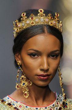 dolce & gabbana milan aw2013 adron london jewellery trends blog religious iconography princess micro mosaic crucifix