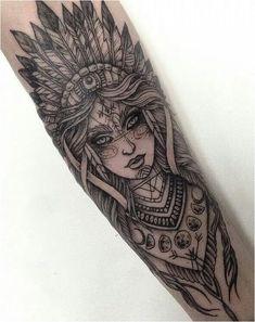 Tattoo Arm Frau, Frau mit indischem Komppschmuck - tattoos for women Neue Tattoos, Body Art Tattoos, Girl Tattoos, Tattoos For Guys, Skull Tattoos, Tatoos, Tattoo Henna, Tattoo Trend, Tattoo Owl
