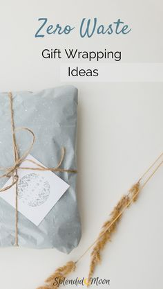 These zero waste gift wrapping ideas will help you have a zero waste Christmas! Furoshiki, No Waste, Reduce Waste, Sustainable Gifts, Sustainable Living, Present Wrapping, Baby Gift Wrapping, Use Of Plastic, Plastic Waste