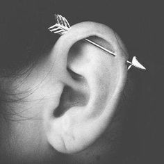 Arrow double cartilage piercing