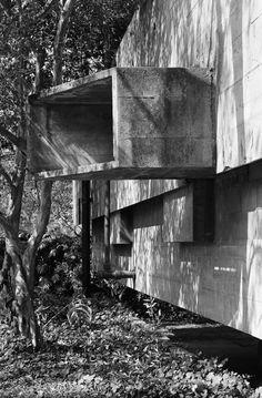 Galería de Clásicos da Arquitectura: Casa en Butantã / Paulo Mendes da Rocha y João de Gennaro - 8