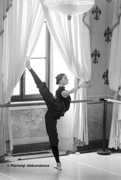 svetlana zakharova - the baggy pants trendsetter ; Svetlana Zakharova, Bolshoi Ballet, Ballet Dancers, Ballerinas, Ballet Art, Dance Like No One Is Watching, Just Dance, Dance Photos, Dance Pictures