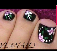 Cute toenails