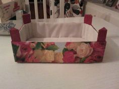 Reciclar una caja de fresas