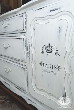 Love these French Transfer Stencils... a must try for me!