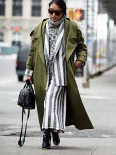 3 Ways To Layer Your Coats Like A Fashion Editor | The Zoe Report