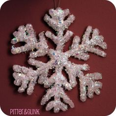 Hot Glue Glittered Snowflake Ornaments featuring Bethany from Pitter & Glink {Handmade Ornament No.11} - bystephanielynn