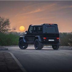 BOSS #mercedes #benz #g63 #amg #g55 #boss #vip #sunset #renntech #brabus #wald #blacklist #wide #mbusa #mbworld #car #cars #desert #forest #german #beast #4x4 #offroad #zoo #jungle #vossen #hre #gwagon