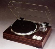 YAMAHA YP-D9  1978 Yamaha Audio, Hi End, Tape Recorder, Record Players, Hifi Audio, Audio Equipment, Audio System, Sound & Vision, Turntable
