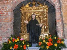 Entre algunas personas espirituales que se dicen cultas y más entre la masa descreída, existe cierta prevención hacia las reliquias, sobre...