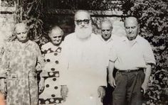 The late Mar Yosip Khnanisho (his mum is the first left)