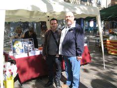 Con mi colega Joaquín Colomer en Sant Jordi 2017