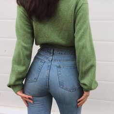 Hand Sewing Leather Patches On Jeans Sexy Jeans, Lässigen Jeans, Casual Outfits, Cute Outfits, Fashion Outfits, Womens Fashion, Jeans Fashion, Paris Mode, Girls Jeans
