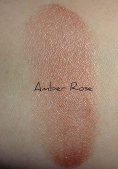 MAC Ambering Rose blusher swatch