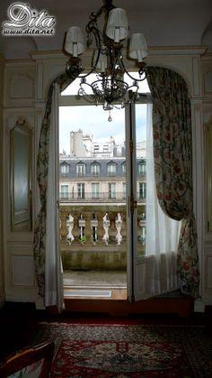 dita's favorite hotel room in paris
