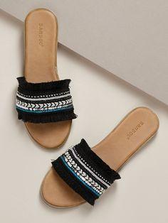 Fringe And Sequin Band Flat Slide Sandals Flat Sandals Outfit, Coral Sandals, Shoes Flats Sandals, Boho Sandals, Cute Sandals, Fashion Sandals, Slide Sandals, Shoe Boots, Simple Sandals