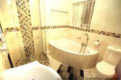 Libra Flats Margate. Margate accommodation. Beautiful bathroom atLibra Flats. Accommodation in Margate.