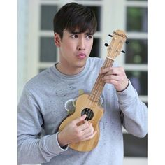 A boy and his toy! Thai Drama, You Mad, Big Bear, Lady And Gentlemen, My Idol, Actors & Actresses, How To Look Better, Eye Candy, Handsome