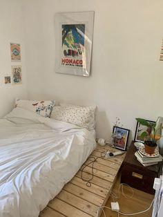 My New Room, My Room, Room Ideas Bedroom, Bedroom Decor, Bedroom Signs, Indie Room, Minimalist Room, Aesthetic Room Decor, Dream Rooms
