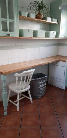 Reformar la galeria con pintura - **El Taller de lo Antiguo Entryway Bench, Storage, Ideas Decoración, Home Decoration, Kitchen, Painting, Furniture, Mary, Kitchen Bars