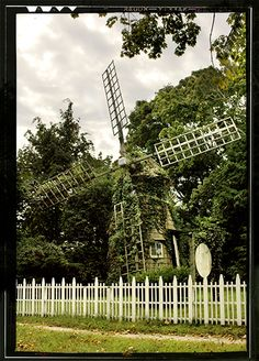 Windmill - this gave me the idea of living in a windmill.