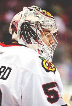 Corey Crawford Blackhawks Hockey, Hockey Goalie, Hockey Teams, Chicago Blackhawks, Hockey Players, Ice Hockey, Hockey Stuff, Hockey Highlights, Corey Crawford