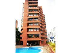 Habitaciones: 2, Baños: 3, Estacionamientos: 2, Construcción: 114 m2, Terreno: 0 m2