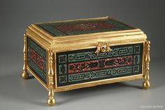 French Nineteenth century casket in scagliola and gilt bronze - 1880