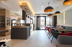 The lodge Kaprun ( lounge bar) , Breakfast, drinks and more!