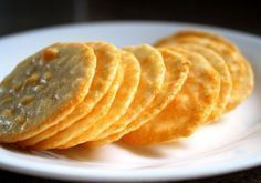 Parmesan Cheese Cookies We teach you to cook easy recipes like the recipe for Parmesan Cheese Cookies and many other cooking recipes . Cookie Desserts, Cookie Recipes, My Recipes, Favorite Recipes, Cheese Cookies, Cooking Time, Cooking Food, Love Food, Biscuits