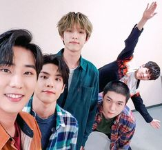 Discover Conoce a - Fotos extras de Read Fotos extras de from the story Conoce a by with 985 reads. Day6 Sungjin, Jae Day6, Bang Bang, Oppa Gangnam Style, Warner Music, Kim Wonpil, Young K, Korean Boy, The Originals