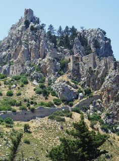 Mountain Fortress, Northern Cyprus by Vincent-Malcolm.deviantart.com