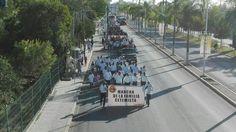 #Breves Agremiados de la CTM marchan por el día del trabajo. http://ift.tt/2pRSTyY Entérese en #MNTOR.