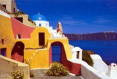 Small house in Oia Santorini Santorini Grecia, Santorini House, Santorini Hotels, Beautiful Islands, Beautiful World, Beautiful Places, Places To Travel, Places To Visit, Peace