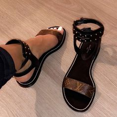 Louis Vuitton Sandals - pinterest: @racquelrwauls✨