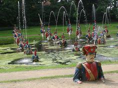 Toy Soldier Fountain from the now defunct Dutch theme park 'Het Land Van Ooit'.  something quite creepy about it - but I like it.