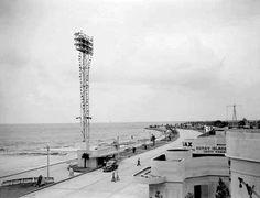 Six Flags New Orleans, Mason Dixon Line, Louisiana History, Southern Gothic, Crescent City, West End, Historical Pictures, Lake View, Amusement Park