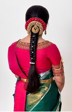 Indian Hairstyles For Saree, South Indian Wedding Hairstyles, Bridal Hairstyle Indian Wedding, Saree Hairstyles, Bridal Hair Buns, Braided Hairstyles For Wedding, Bridal Hair Flowers, Bride Hairstyles, Hair Style Vedio
