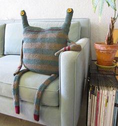 Hahaha way cute! Wish i could sew Love It.... Monster pillow DIY!