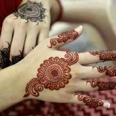 Simple And Easy Mehndi Designs Collection 2019 Henna Hand Designs, Round Mehndi Design, Mehndi Designs Finger, Henna Tattoo Designs Simple, Mehndi Designs For Girls, Mehndi Designs For Beginners, Modern Mehndi Designs, Mehndi Designs For Fingers, Mehndi Design Pictures