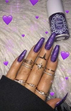 Beautiful nail art designs that are just too cute to resist. It's time to try out something new with your nail art. Perfect Nails, Gorgeous Nails, Love Nails, Fun Nails, Cute Acrylic Nails, Acrylic Nail Designs, Emoji Nails, Purple Nails, Purple Glitter
